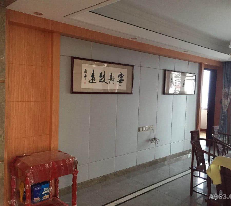 餐厅电视背景