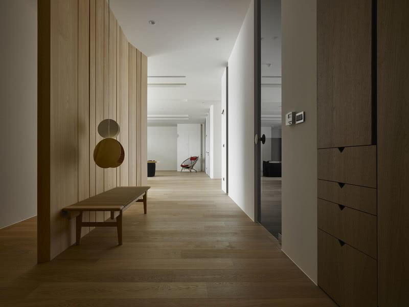 木質的紋理,不多不少的挹注生活裡點滴溫度