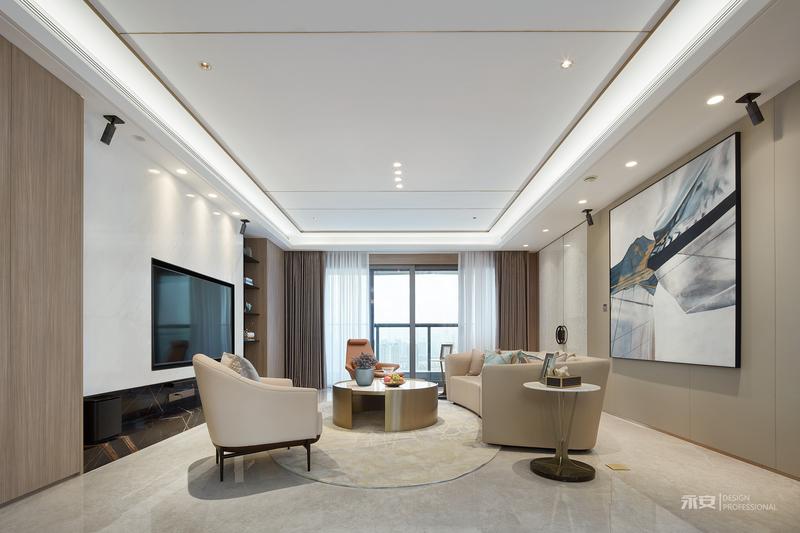 客厅是家人团聚放松身心、享受亲情之处,设计师以视觉效果舒适的高级灰为色彩基调,运用金属材质和石材形成流畅的线条、规整的几何,作为空间视觉面的主要构建元素,不同的材质在相互组合中酝酿发酵,低奢感与设计感迎面而来