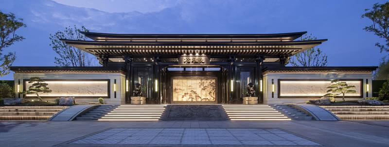 湖湘松雅,临水而建,隐于碧泉松间,由盘石设计倾力筑造,凝练传统文脉精髓,承袭中轴对阵仪范,于山缥水缈中浸透出浓郁的自然意蕴。