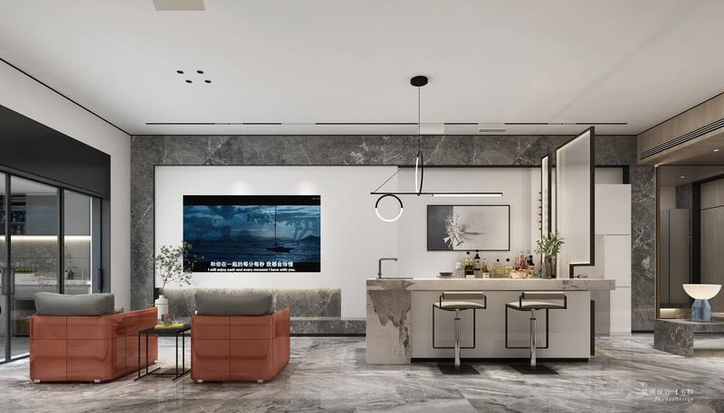"""地下室家具的选择贯穿着""""自由流动""""的理念,高低落错的餐桌椅平行于影视厅的水平视线。石材桌面映衬着食材的新鲜,自然的插花让进食观影每一刻都能享受美的陶冶。"""