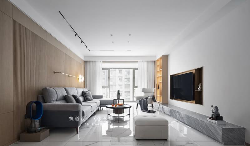 在功能方面,客厅是业主品味的象征,体现了业主品格,地位,也是交友娱乐的场所。