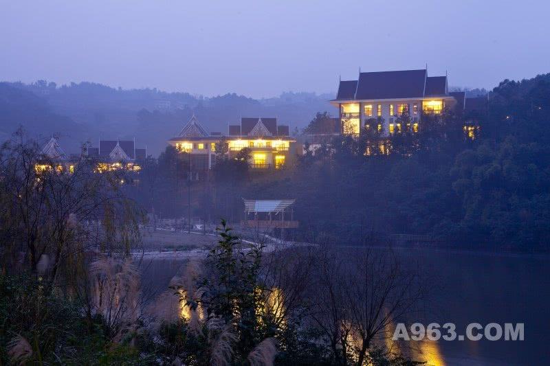 重庆野生动物世界两江假日酒店